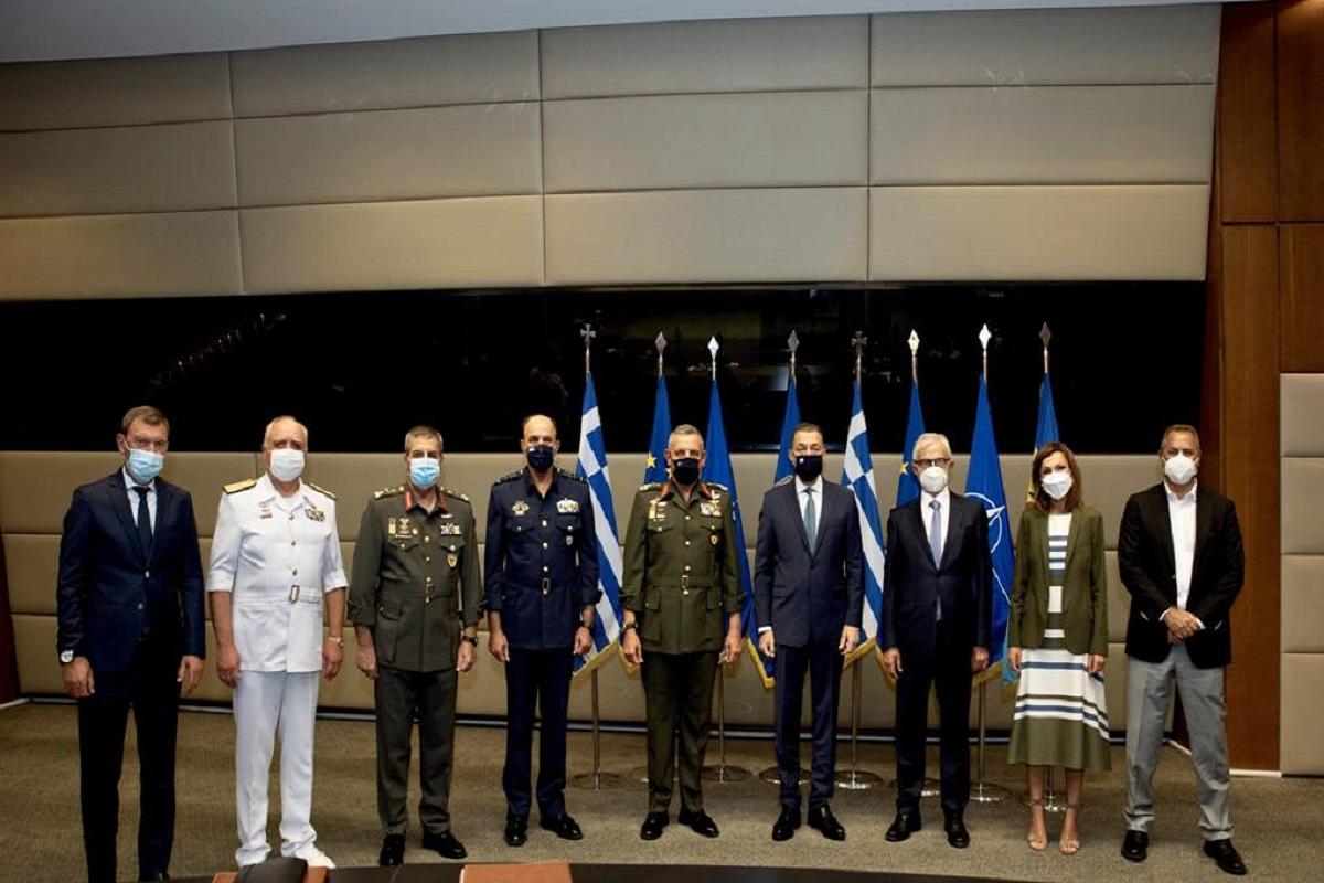 Τελετή προς τιμήν της ΣΥΝ-ΕΝΩΣΙΣ από το Υπουργείο Εθνικής Άμυνας - e-Nautilia.gr | Το Ελληνικό Portal για την Ναυτιλία. Τελευταία νέα, άρθρα, Οπτικοακουστικό Υλικό