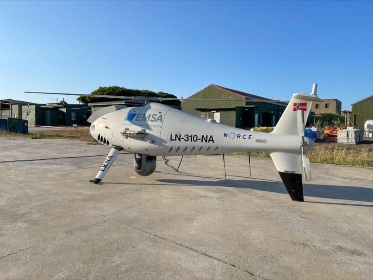 Στενό του Γιβραλτάρ: Drone ελέγχει τα πλοία για το αν συμμορφώνονται με τους κανονισμούς για τα όρια του θείου - e-Nautilia.gr   Το Ελληνικό Portal για την Ναυτιλία. Τελευταία νέα, άρθρα, Οπτικοακουστικό Υλικό