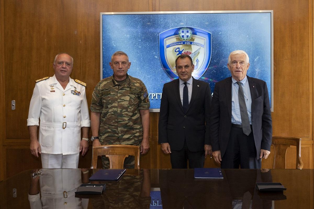 Έπεσαν οι υπογραφές για τη νέα Δωρεά του 3ου ΠΓΥ στο Πολεμικό Ναυτικό - e-Nautilia.gr | Το Ελληνικό Portal για την Ναυτιλία. Τελευταία νέα, άρθρα, Οπτικοακουστικό Υλικό