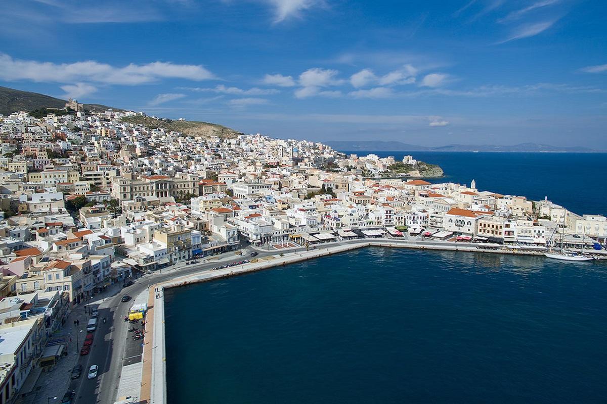 Κράτηση φορτηγού πλοίου στη Σύρο - e-Nautilia.gr   Το Ελληνικό Portal για την Ναυτιλία. Τελευταία νέα, άρθρα, Οπτικοακουστικό Υλικό