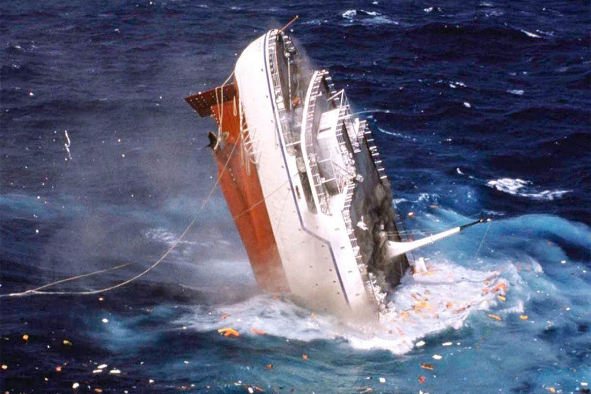 MV Le Joola: Το τραγικό ναυάγιο με 1.863 νεκρούς! (Video + Photos) - e-Nautilia.gr | Το Ελληνικό Portal για την Ναυτιλία. Τελευταία νέα, άρθρα, Οπτικοακουστικό Υλικό