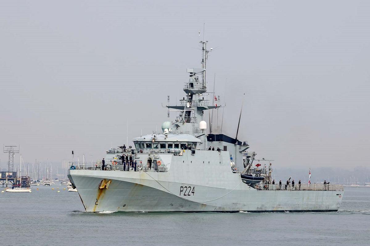 Θαλάσσια πειρατεία: Το Ηνωμένο Βασίλειο επιστρέφει στον Κόλπο της Γουινέας με το πολεμικό πλοίο HMS Trent - e-Nautilia.gr   Το Ελληνικό Portal για την Ναυτιλία. Τελευταία νέα, άρθρα, Οπτικοακουστικό Υλικό