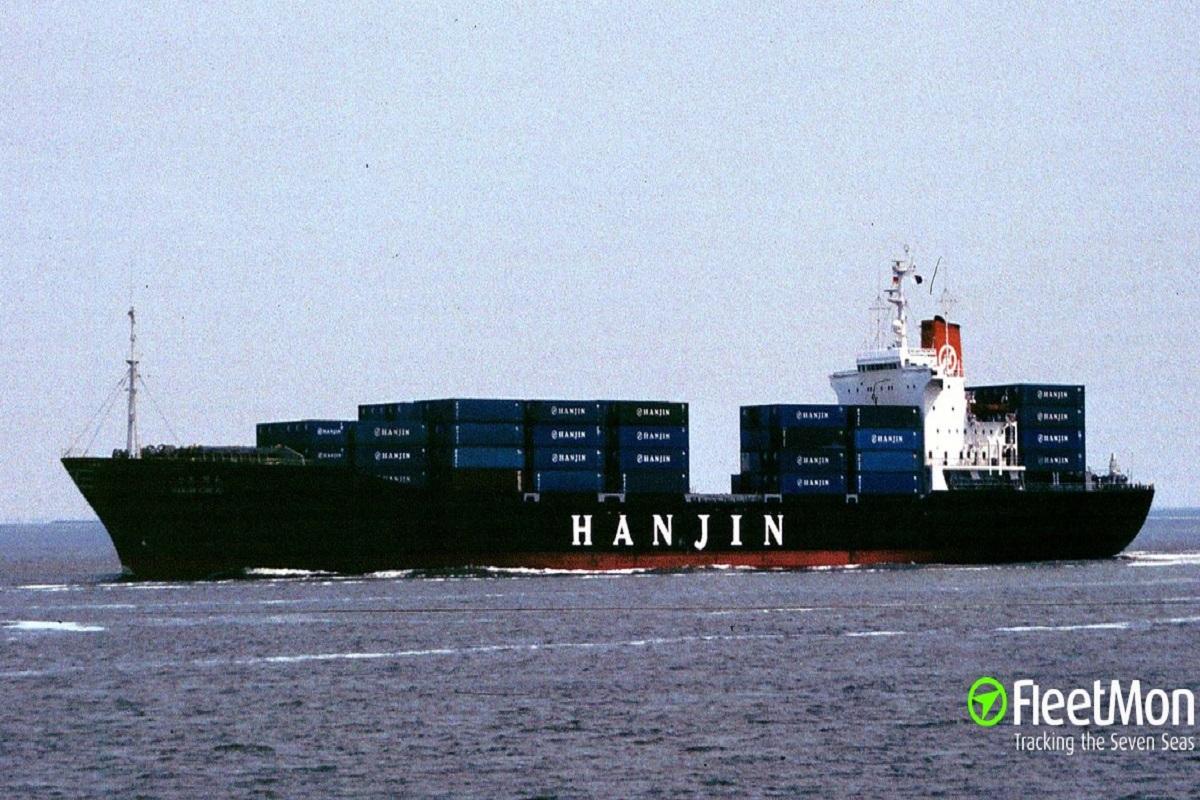 Επίθεση πειρατών σε πλοίο μεταφοράς εμπορευματοκιβωτίων – Διασώθηκε από το Ρωσικό πολεμικό ναυτικό