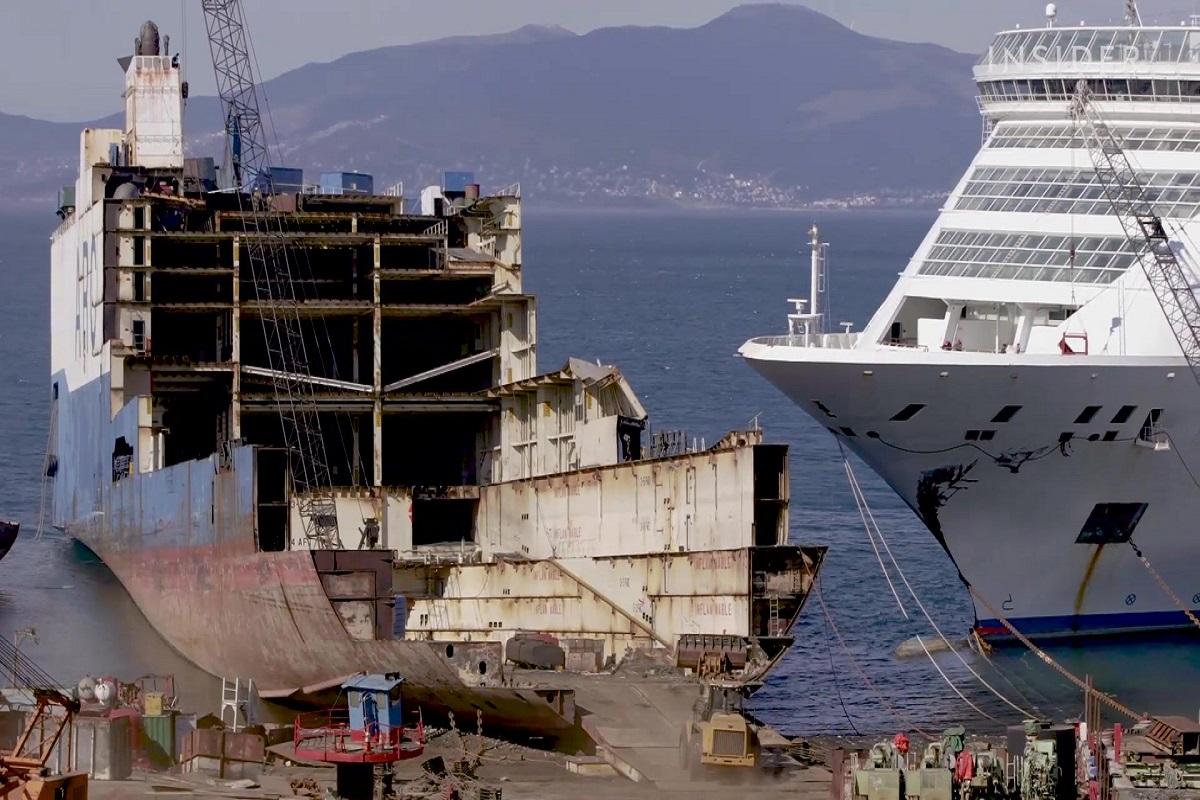 Έτσι διαλύεται ένα κρουαζιερόπλοιο 2.000 επιβατών και αξίας 300 εκατομμυρίων (video) - e-Nautilia.gr   Το Ελληνικό Portal για την Ναυτιλία. Τελευταία νέα, άρθρα, Οπτικοακουστικό Υλικό